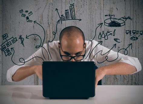 Oferta empleo SEO y Social Media